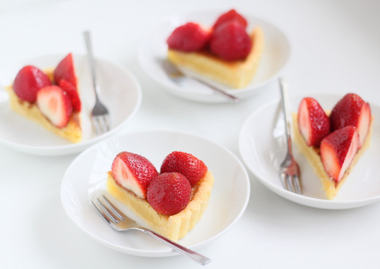 Fresh Strawberry Frangipane Tart