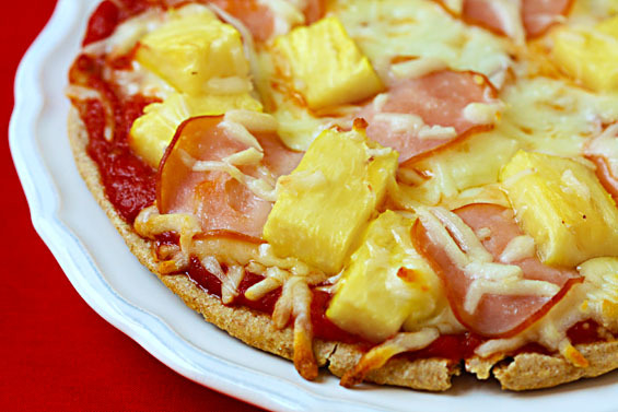 Recipe: Hawaiian Pita Pizza
