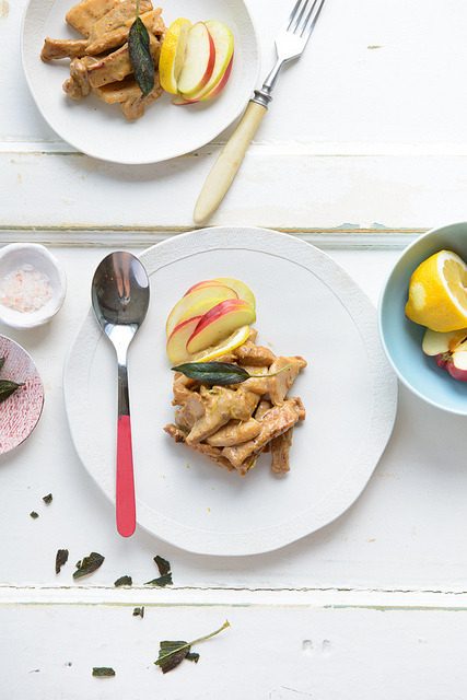 Pork with apple and salvia by Dizajnmenza on Flickr.