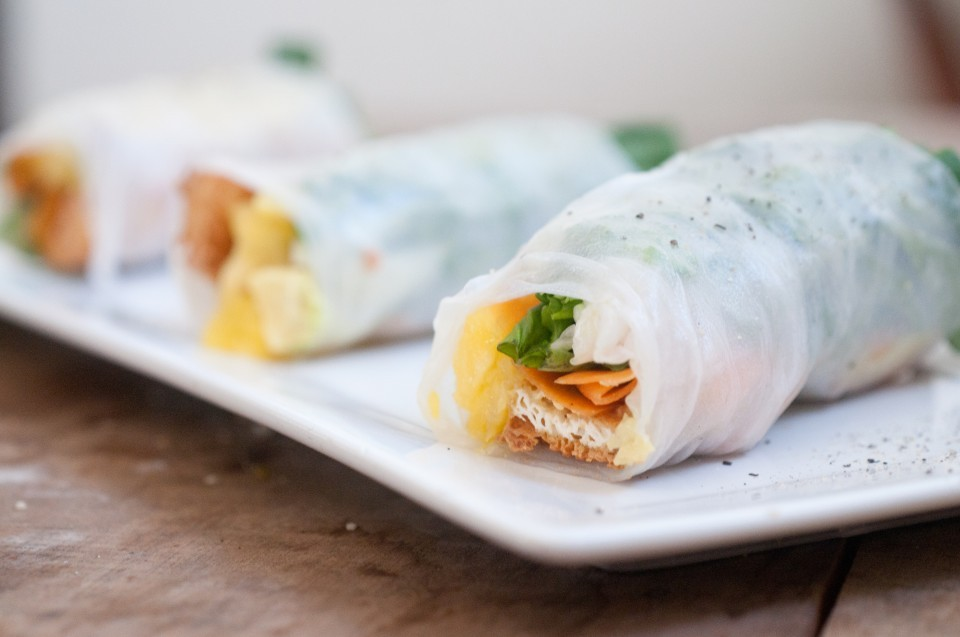 (via Pineapple and Tofu Fresh Spring Rolls with Pineapple Sweet Chilli Sauce The Everyday Vegetarian)