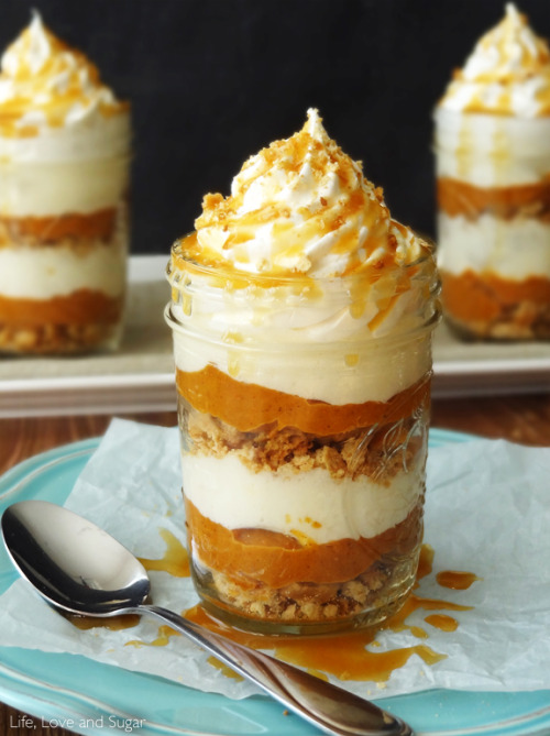 No Bake Pumpkin Pie in a JarSource