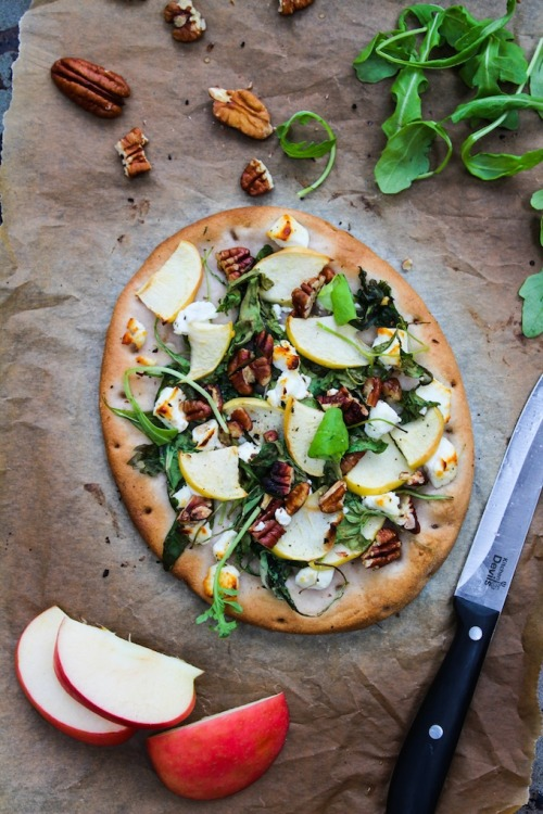 Apple & Goats Cheese Flatbread